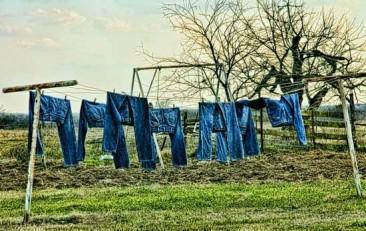 Cómo limpiar y lavar tus pantalones vaqueros